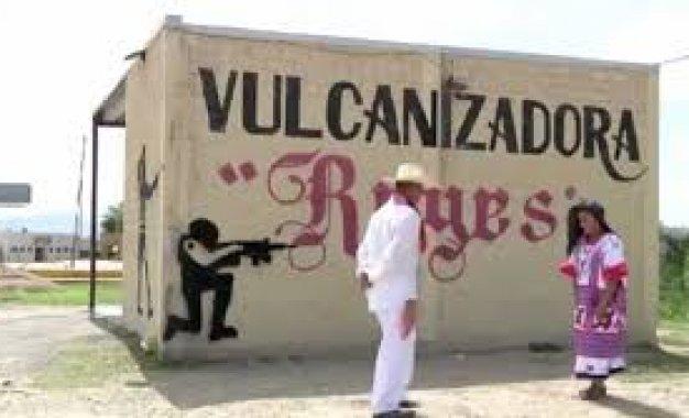 La resistencia popular en la cultura: La Guelaguetza magisterial